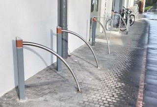 square cycle stand